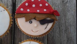 Abenteuerliche Piraten Cupcakes